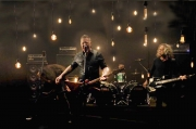 Metallica lanza su nuevo single 'Moth Into Flame'