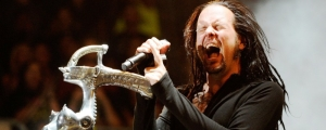 Jonathan Davis de Korn comparte su primer sencillo como solista, 'What It Is'